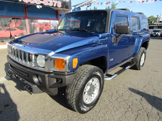 Hummer H3 2006 price $8,477