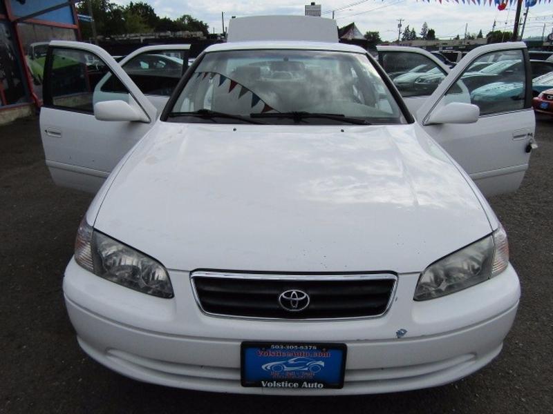 Toyota Camry 2000 price $5,977