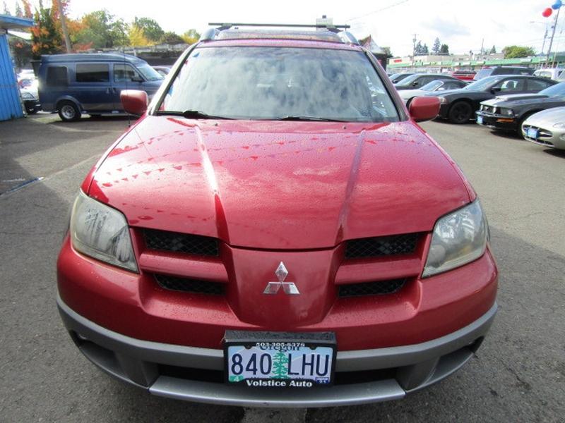 Mitsubishi Outlander 2003 price $3,977