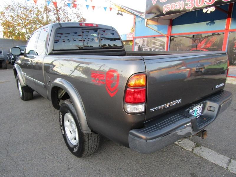 Toyota Tundra 2003 price $11,977