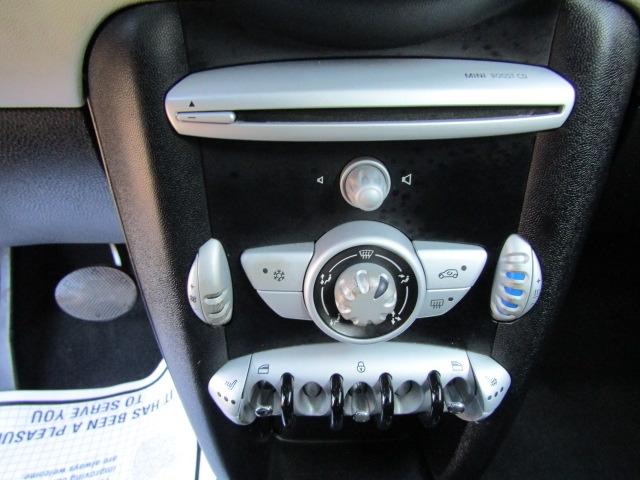 Mini Cooper Clubman 2010 price $6,977