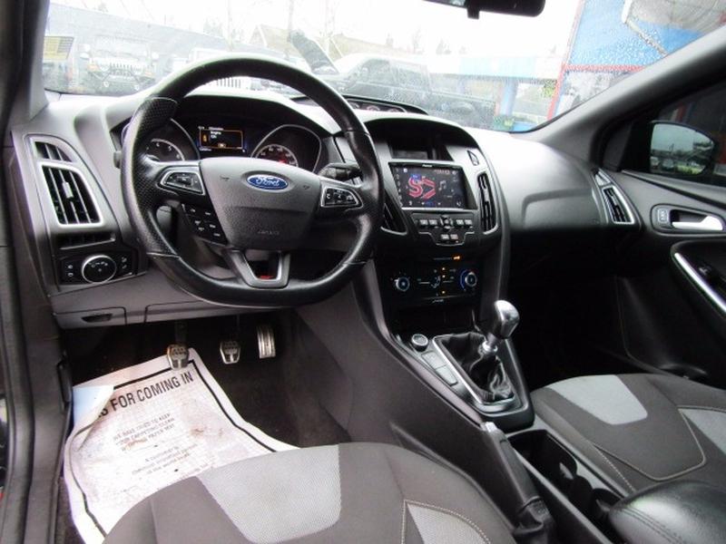 Ford Focus 2015 price $17,977