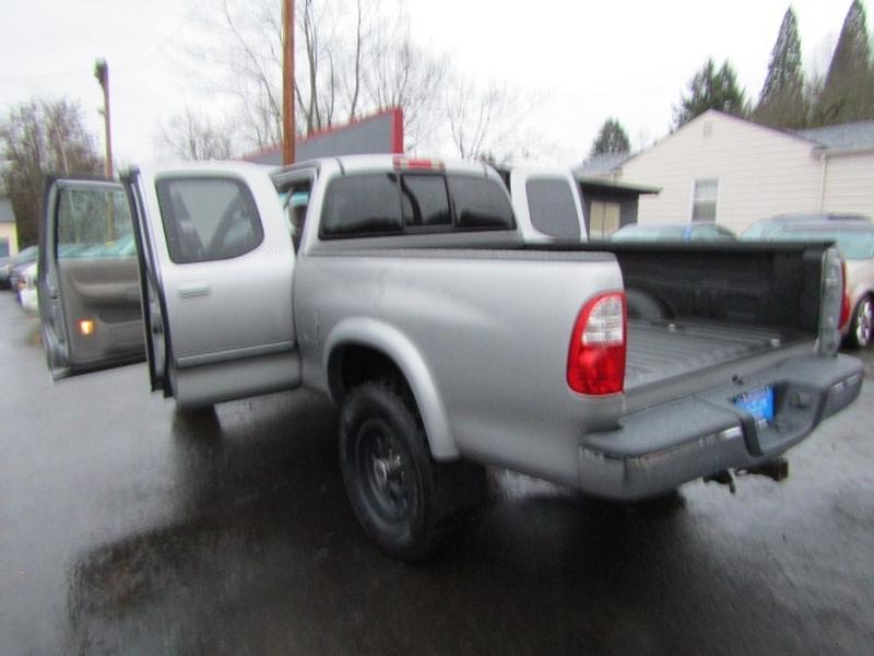 Toyota Tundra 2006 price $9,477