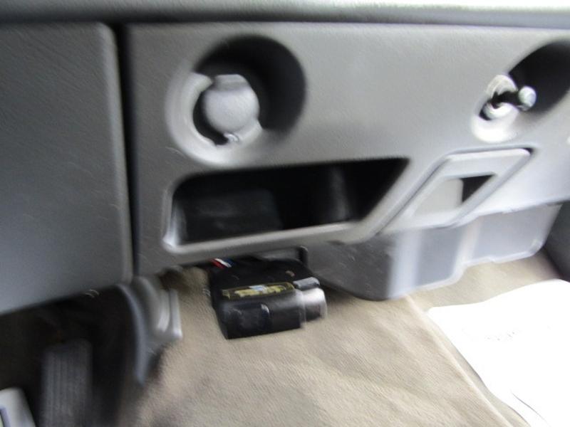 GMC Sierra 2500HD 2004 price $10,977