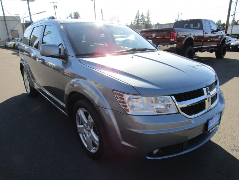 Dodge Journey 2010 price $7,977