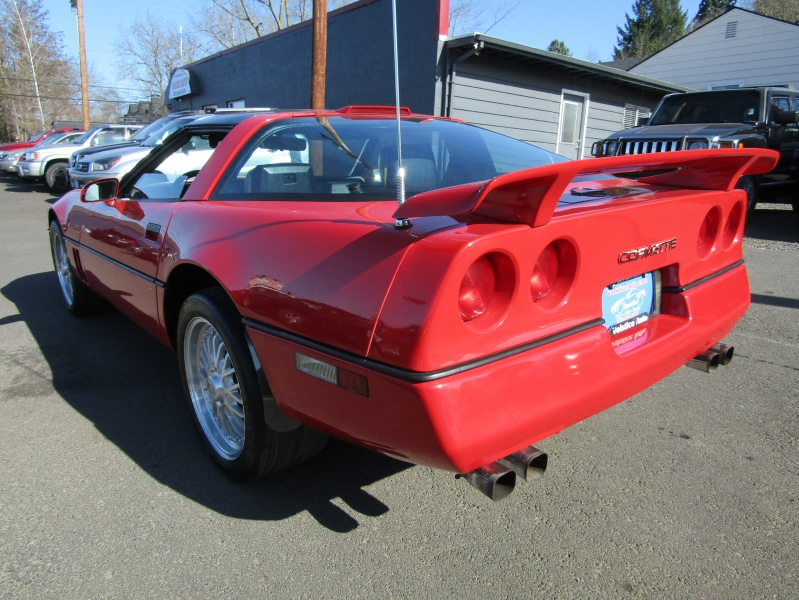 Chevrolet Corvette 1989 price $6,977