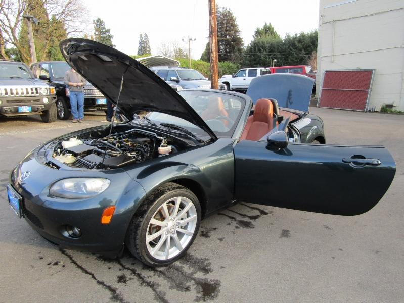 Mazda MX-5 2006 price $6,977