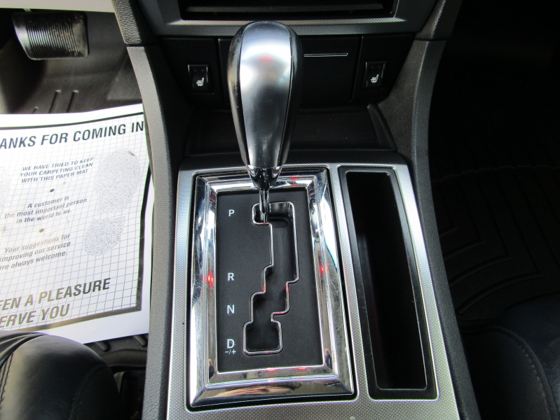 Chrysler 300-Series 2006 price $11,977