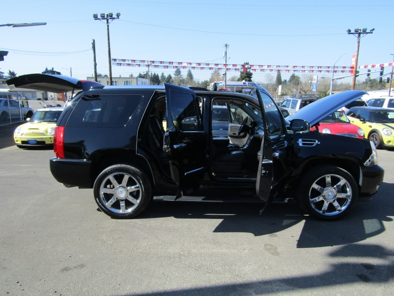 Cadillac Escalade 2008 price $15,977