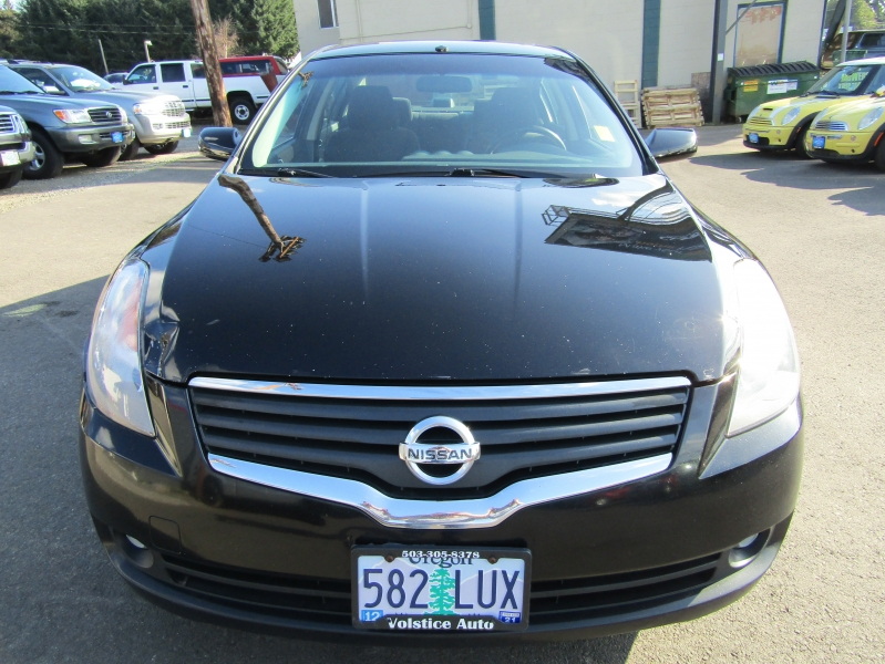Nissan Altima 2008 price $4,977
