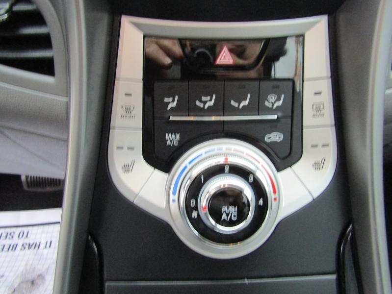 Hyundai Elantra 2012 price $9,977