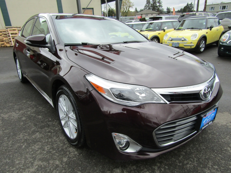 Toyota Avalon 2013 price $14,977