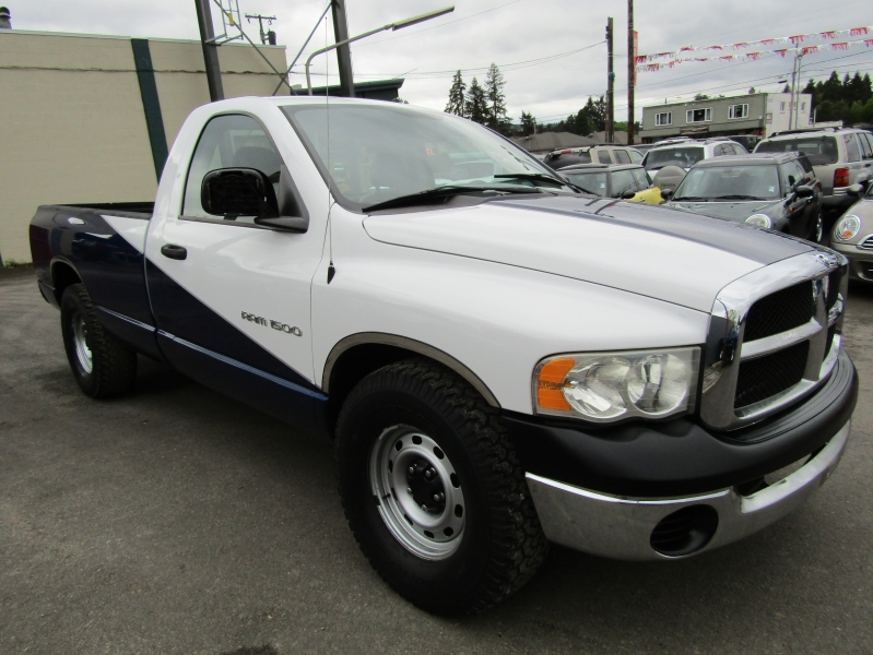 Dodge Ram 1500 2004 price $4,477