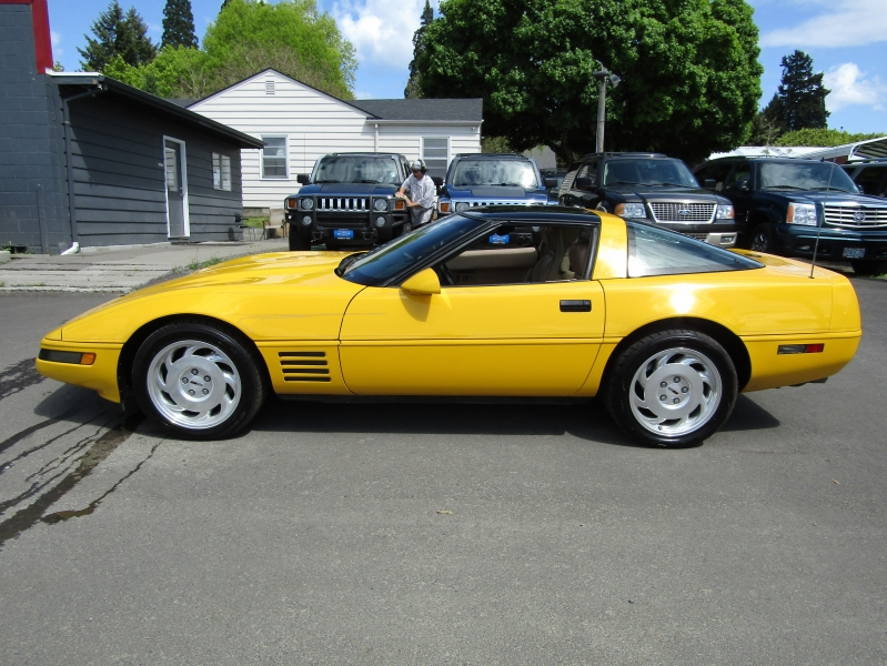 Chevrolet Corvette 1993 price $8,977