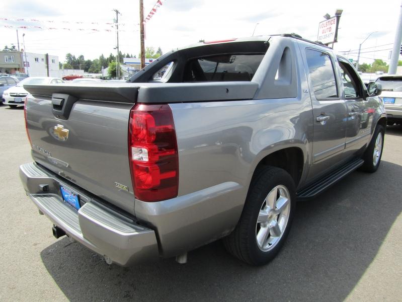 Chevrolet Avalanche 2007 price $11,977