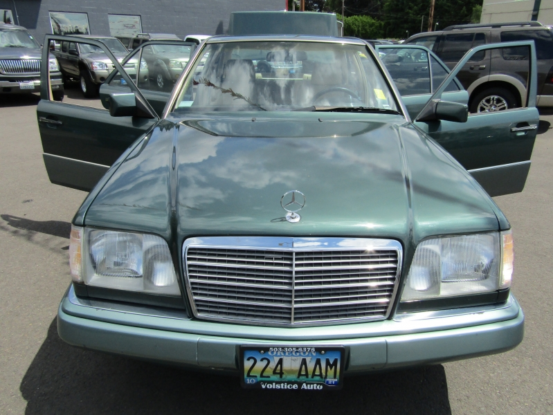 Mercedes-Benz 300 Series 1994 price $2,977