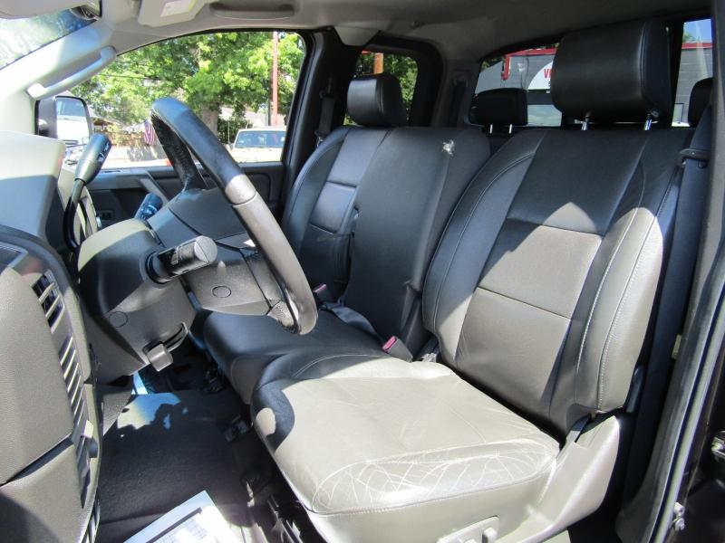 Nissan Titan 2005 price $10,477