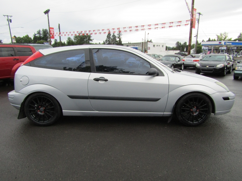 Ford Focus 2003 price $4,977