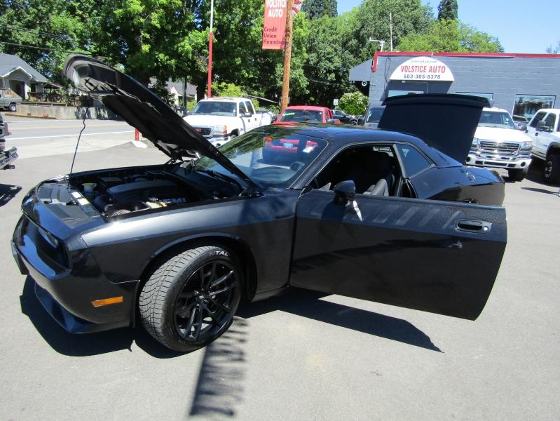 Dodge Challenger 2010 price $19,977
