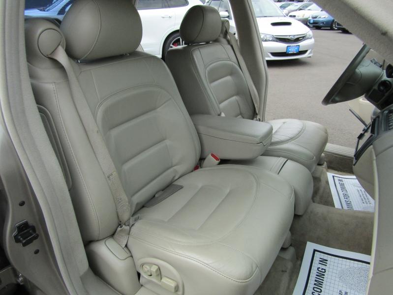 Cadillac DeVille 2003 price $4,977
