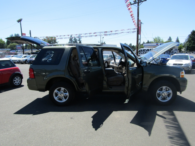 Ford Explorer 2004 price $5,977