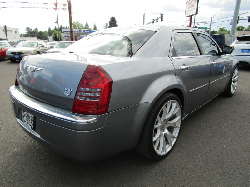 Chrysler 300-Series 2006 price $8,977