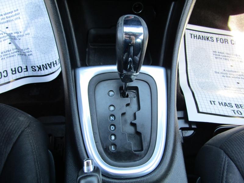Chrysler 200-Series 2013 price $5,977
