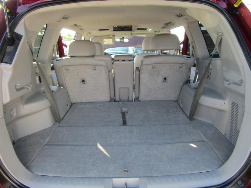 Toyota Highlander 2008 price $15,977