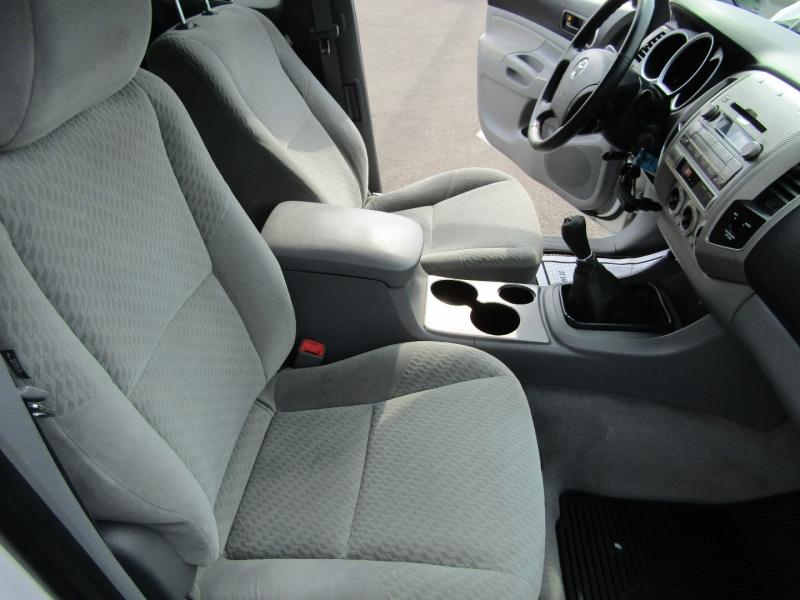 Toyota Tacoma 2010 price $9,977