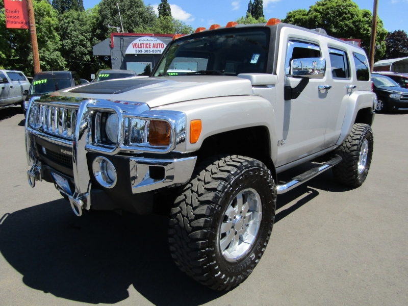 Hummer H3 2007 price $14,977