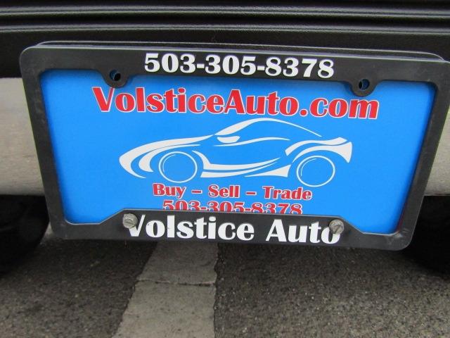 Chevrolet Suburban 2000 price $3,977