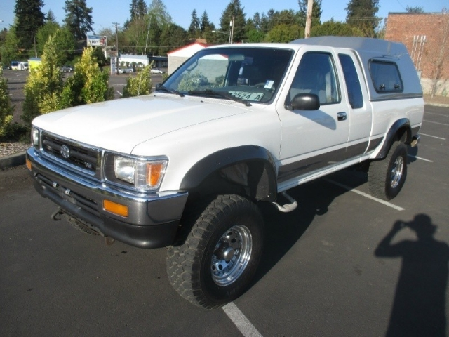 1993 Toyota 4WD Pickups & 1993 Toyota 4WD Pickup Xtracab 5-SPEED V6 LIFTED *WHITE CANOPY ...