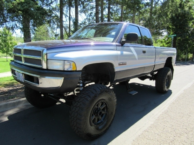 1998 Dodge Ram 2500 4dr Quad Cab 4x4 Lifted On 40s Lots Of Banks