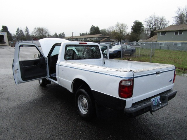 2002 ford ranger reg cab 3 0l xl automatic white runs. Black Bedroom Furniture Sets. Home Design Ideas