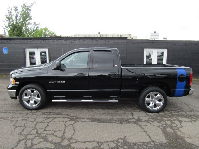 2003 dodge ram 1500 4dr quad cab 140 5 wb st volstice auto auto dealership in milwaukie. Black Bedroom Furniture Sets. Home Design Ideas