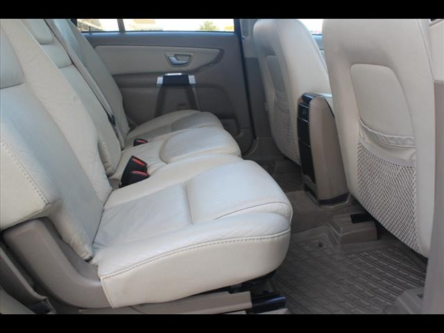 Volvo XC90 3.02 2010 price $5,000 Cash Plus Tax T&L