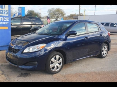 Toyota Matrix L 2012