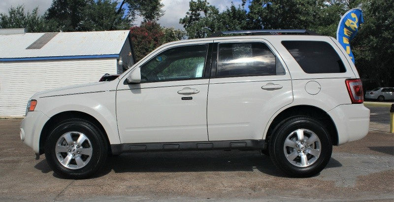 Ford Escape (Limited) 2009 price $1,200 Down