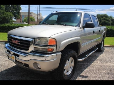 GMC Sierra 1500 SLE 4dr 2  LIFT KIT 2005