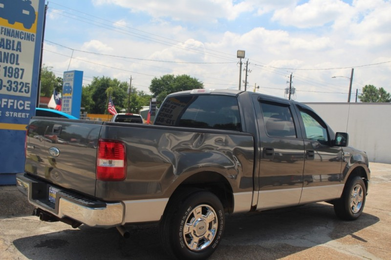 Ford F-150 2006 price $4000 Cash Plus Tax T&L