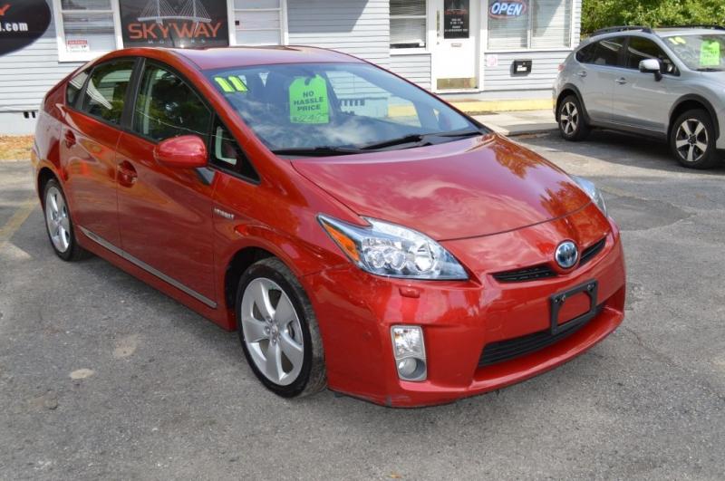 TOYOTA PRIUS V 2011 price $10,295