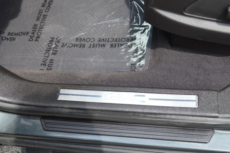 GMC ACADIA 2011 price $10,995