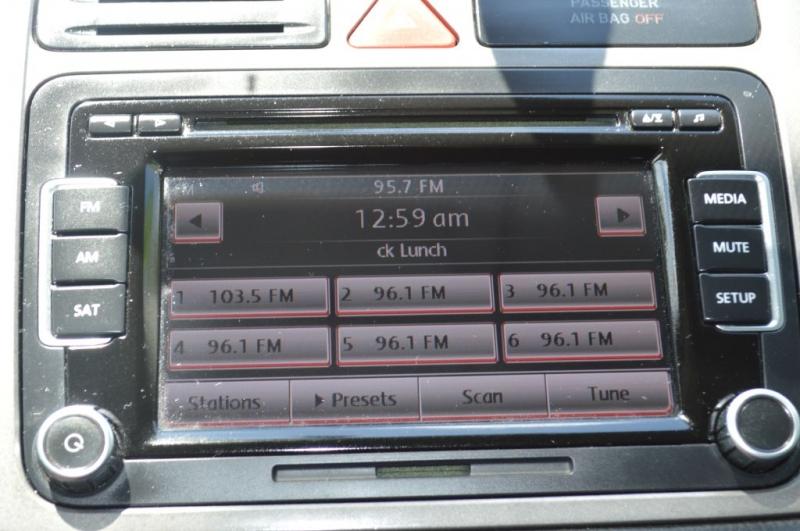VOLKSWAGEN TIGUAN 2011 price $9,495