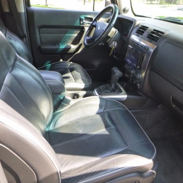 Hummer H3 2006 price $10,950