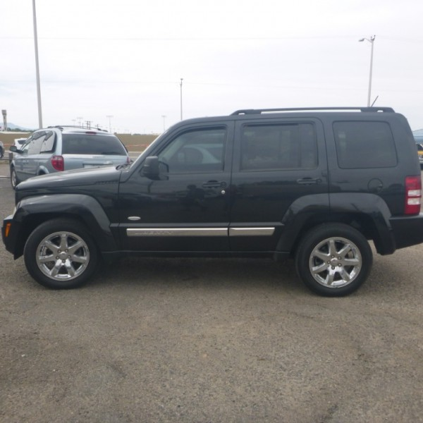 Jeep LIBERTY 2012 price 9,950