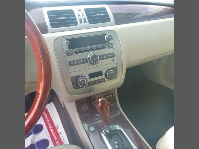 Buick LUCERNE 2009 price $7,950