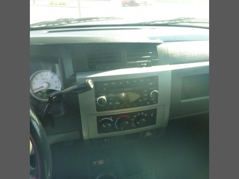 Dodge DAKOTA 2011 price $12,950