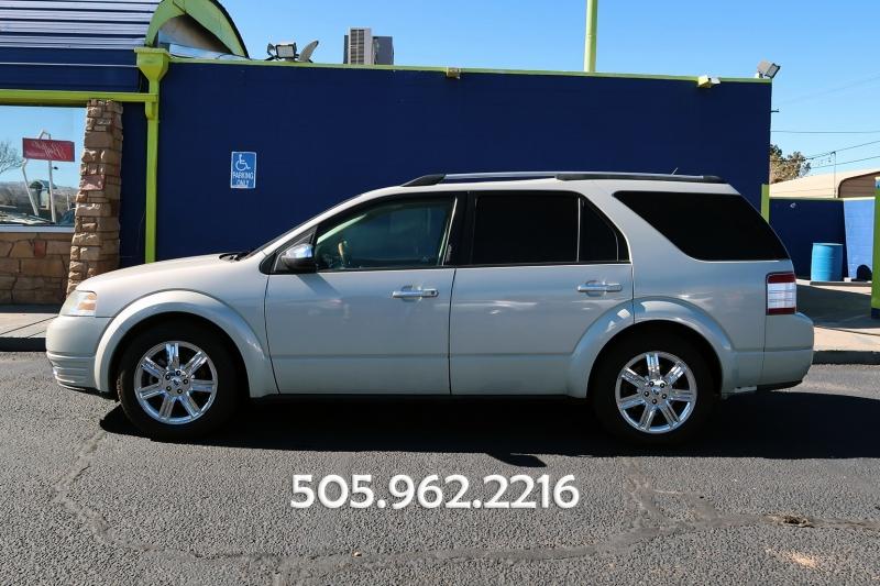 Ford TAURUS X 2008 price 7,950
