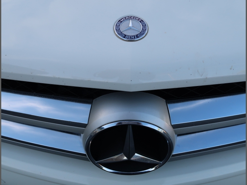 Mercedes-Benz GLK 2011 price Call for Pricing.
