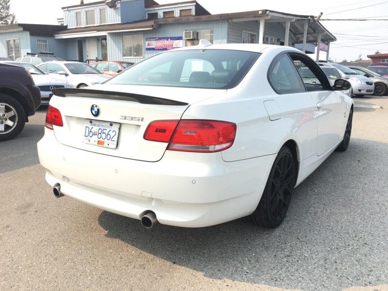 BMW 3-Series 2009 price $12,900